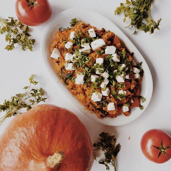 Kasza jaglana z dynią i suszonymi pomidorami